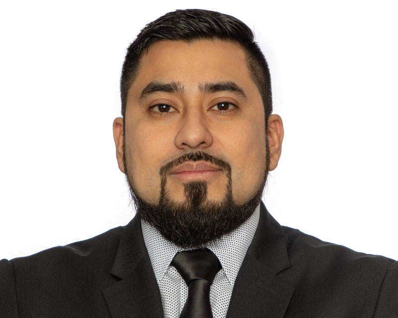 Armando Paz Dominguez, Operations & Finance Assistant